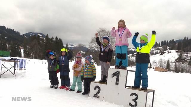 Skirennen verschoben um Beat Feuz zuzusehen