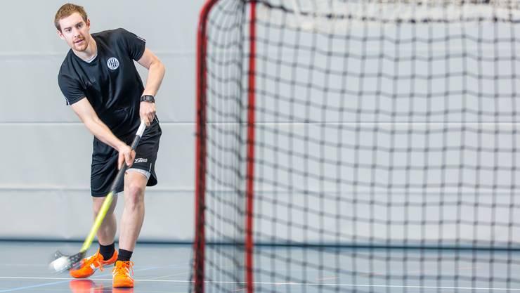 Für ihn ist der Verein eine Herzensangelegenheit: Patrick Mendelin ist bei Unihockey Basel Regio als Spieler, Sportchef und Trainer der U16-Mannschaft tätig.