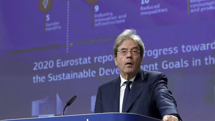 Paolo Gentiloni, EU-Kommissar für Wirtschaft, spricht bei einer Pressekonferenz zum Eurostat-Bericht 2020 im EU-Hauptsitz. Foto: Yves Herman/Reuters Pool/AP/dpa