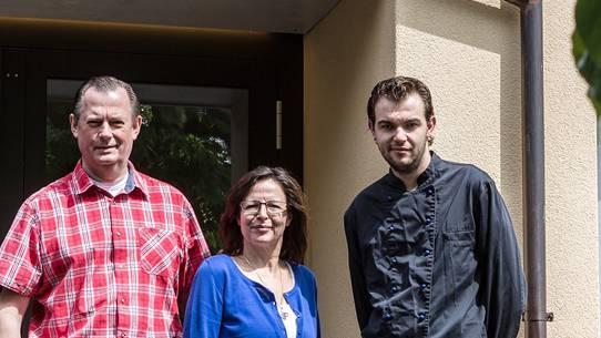 «Am ersten Tag wurden wir überrannt»: Die Pächter Bernd und Monique Schendel, Koch Benjamin Staudinger.