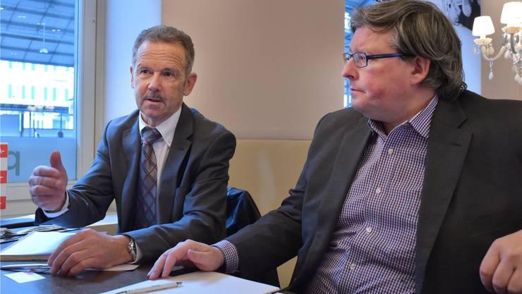 Schwerer Entscheid: Bernex-Geschäftsleitungsmitglied Peter Grob (links) und Firmensprecher Martin Fricker begründeten gegenüber dieser Zeitung die Verlegung der Produktion von Olten nach Modrice bei Brno (Tschechien). Kissling