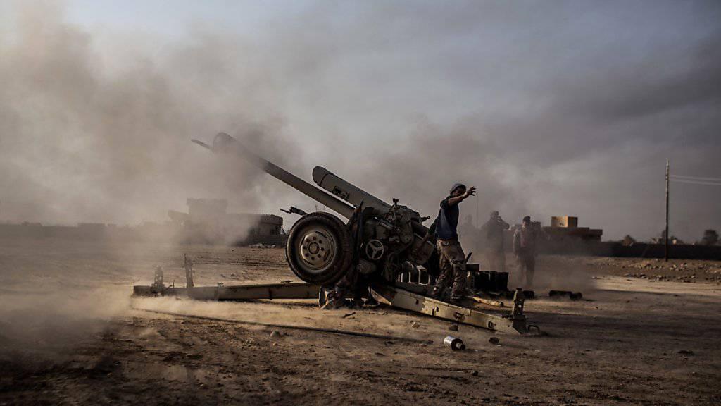 Irakisches Militär rückt in den Osten der IS-Hochburg Mossul vor. (Archivbild)