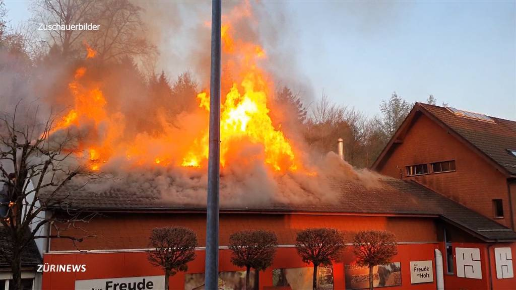 Grossbrände in Fislisbach (AG) und Sihlbrugg (ZH)