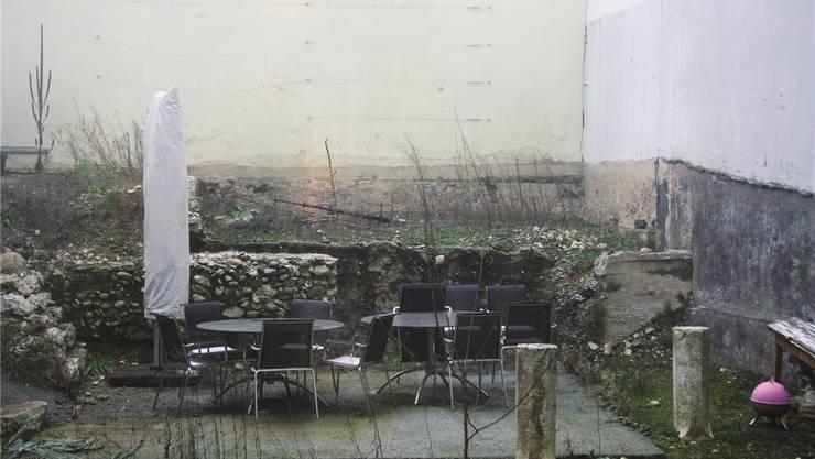 Schon 2012 hätte der Innenhof hinter dem Café Hofer unterbaut werden sollen – jetzt kommen die Pläne wieder ins Rollen.
