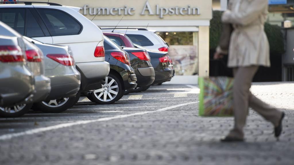 Beliebt: Die Parkplätze am St.Galler Marktplatz sind fast immer belegt. (Archiv)