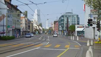 Neue Kaphaltestellen und zwei Kreisel erhält die Birsfelder Ortsdurchfahrt, aber keine durchgängig getrennten Fahrspuren für Autos und Trams.