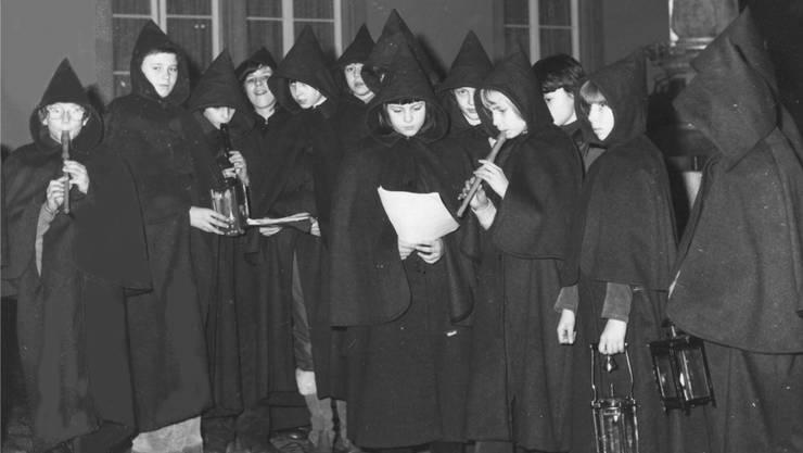 Alte Aufnahme der Umesinger-Kinder , die auch diesmal ins reussstädtische Weihnachtsspiel eingebunden werden. Archiv/Mzm