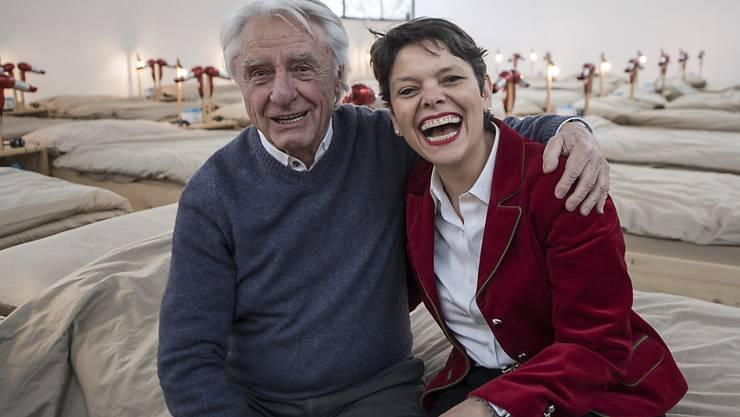 """""""Lachen ist mein Motor"""": Kabarettist Emil Steinberger mit seiner Frau Niccel. (Archivbild)"""