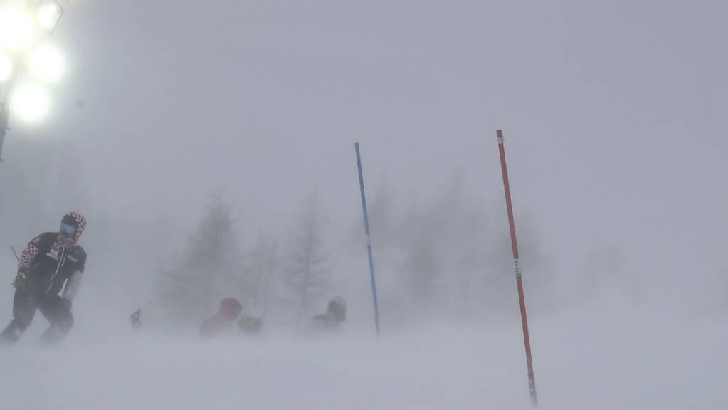 In Val d'Isère liess das Wetter am letzten Samstag keine Rennen zu