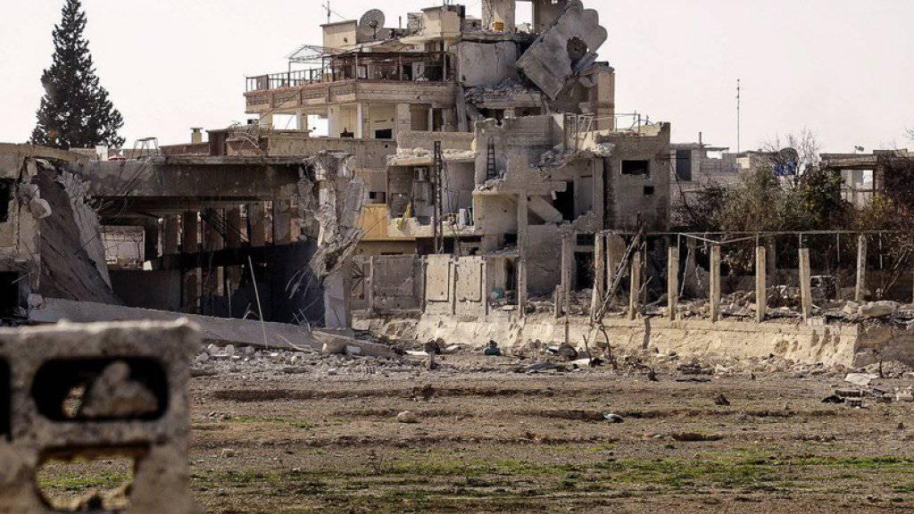 Russische Luftwaffe bombardiert Rebellen in Ost-Ghuta