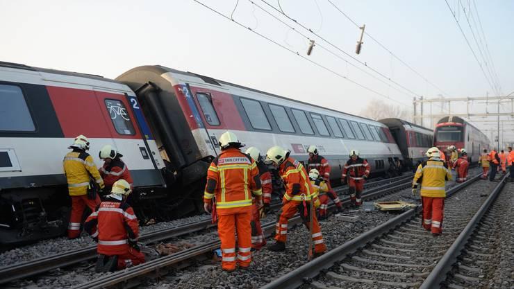 Am 20. Februar, um 6.45 Uhr, kam es zu einer Zugkollision in Rafz, Zürich.