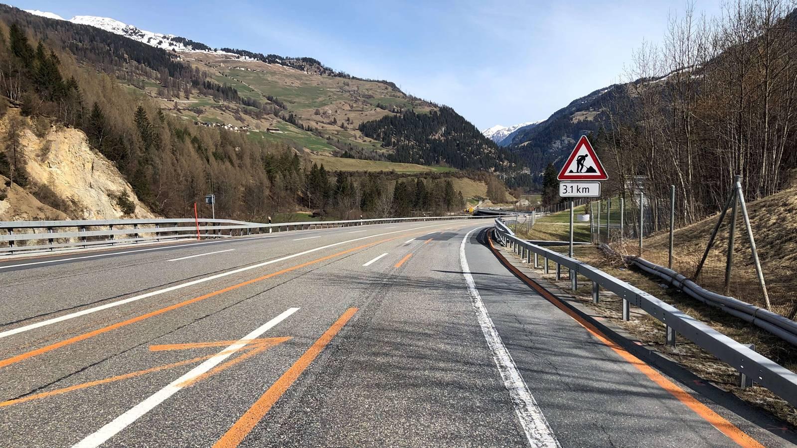 An der Messstelle ausserorts auf der Autostrasse A13 gilt eine Höchstgeschwindigkeit von 80 km/h.