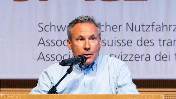 Adrian Amstutz, Zentralpräsident des Nutzfahrzeugverbands ASTAG, setzt sich auch für die hart getroffenen Reisebusunternehmen ein.