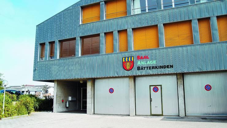 Saalanlage Bätterkinden: Zum ersten Mal findet eine Gemeindeversammlung hier statt.