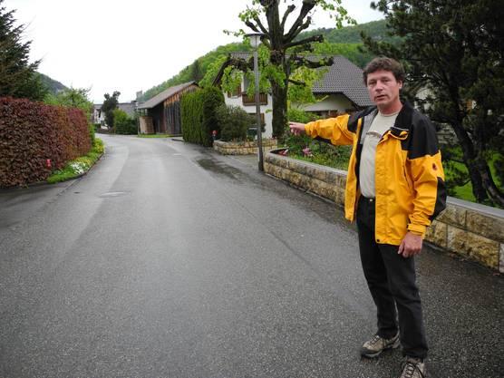 Morgens um 1.20 Uhr sei es gewesen, als Georg Grolimund die Raubkatze direkt vor seinem Haus gesehen habe. «Das Geräusch seiner Pfoten war ungewohnt», beschrieb er die Begegnung.