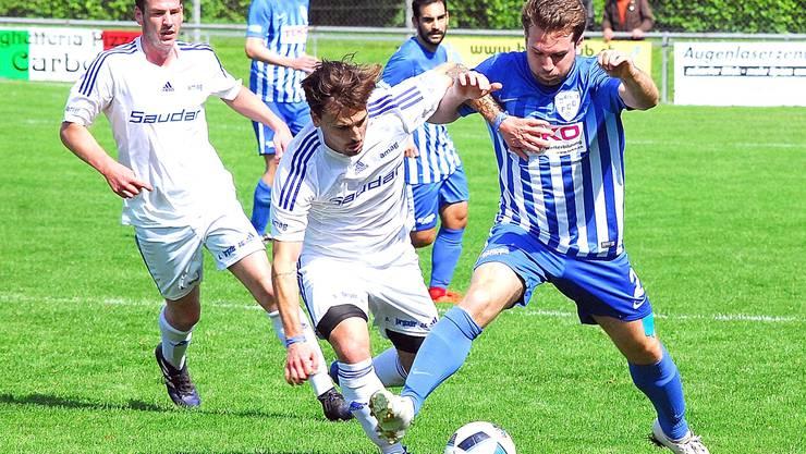 Der FC Subingen kassiert gegen den Leader SV Höngg gleich fünf Tore.