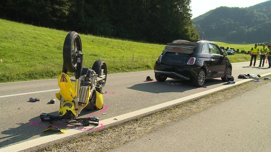 Verkehrsunfall in Bichelsee (TG): 18-jährige Motorradfahrerin schwer verletzt