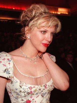 Seine Frau Courtney Love spielte ebenfalls in einer Rockband und sorgt bis heute regelmässig für Skandale
