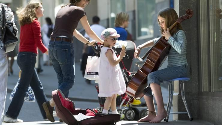 Basler Regierung verabschiedet strengeres Gesetz für Strassenmusiker.
