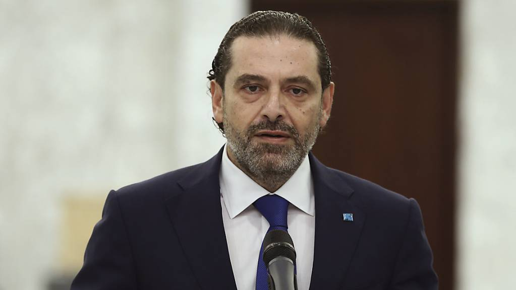 Der designierte Premierminister des Libanon Saad Hariri spricht bei einer Pressekonferenz. Hariri gab am Donnerstag den Auftrag zur Regierungsbildung zurück, erklärte er nach einem Treffen mit Präsident Aoun.