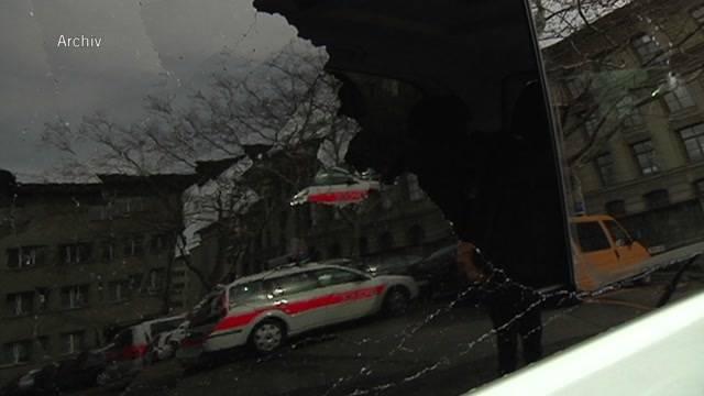Polizisten auf der Schützenmatte angegriffen