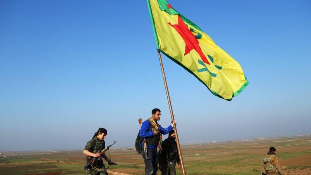 Die syrischen Kurden haben im Laufe des Bürgerkrieges grosse Teile Nordsyriens erobert. Nun fordern sie die Autonomie der von ihr kontrollierten Gebiete (Archiv).