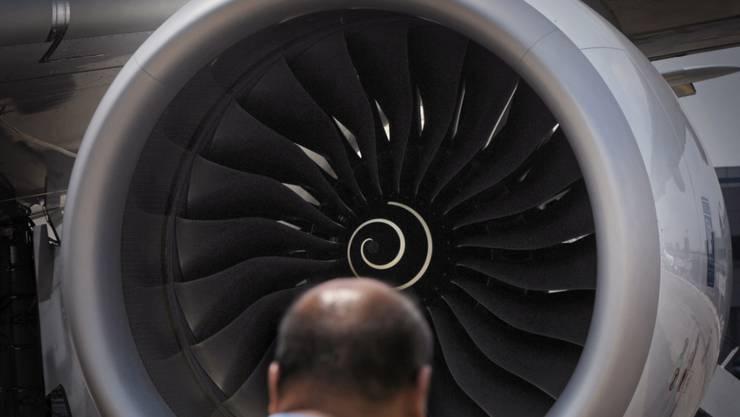 An Boeings neuen mittelgrossen Passagierflugzeug wird kein Treibwerk von Rolls-Royce hängen. (Symbolbild)