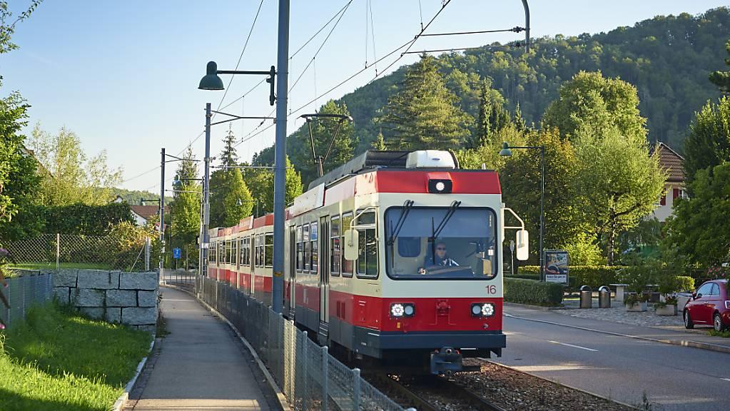 Pendelzug der Waldenburgerbahn im Baselbiet. (Archivbild)