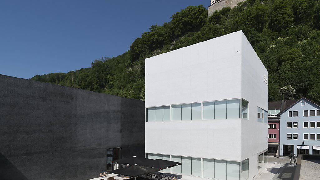 """Die Hilti Art Foundation in Vaduz (r neben dem Kunstmuseum Liechtenstein) zeigt die Ausstellung """"Beckmann, Picasso, Giacometti & mehr"""". (Archivbild)"""