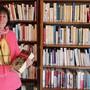"""Präsidentin Isabelle Hämmerli: """"Zu wissen, dass die Bücher nun da ein zweites Leben haben, isteine grosse Freude für mich."""""""