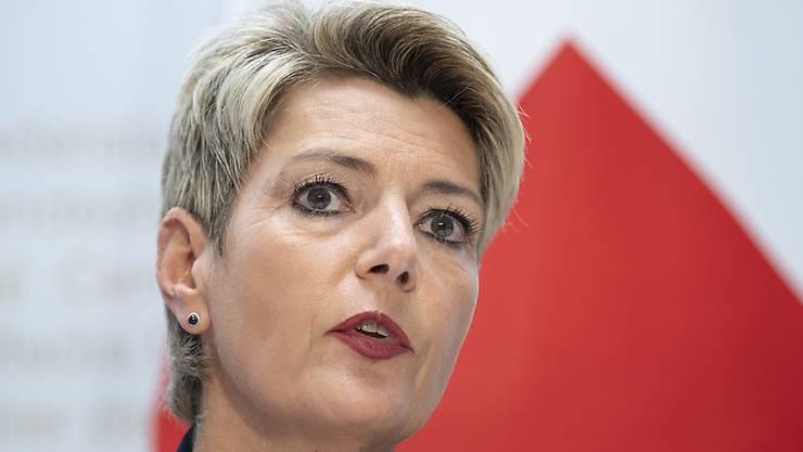 Justizministerin Karin Keller-Sutter wirbt für ein Ja zur Erweiterung der Anti-Rassismus-Strafnorm. Die Meinungsäusserungsfreiheit ist aus ihrer Sicht nicht gefährdet. (Archivbild)
