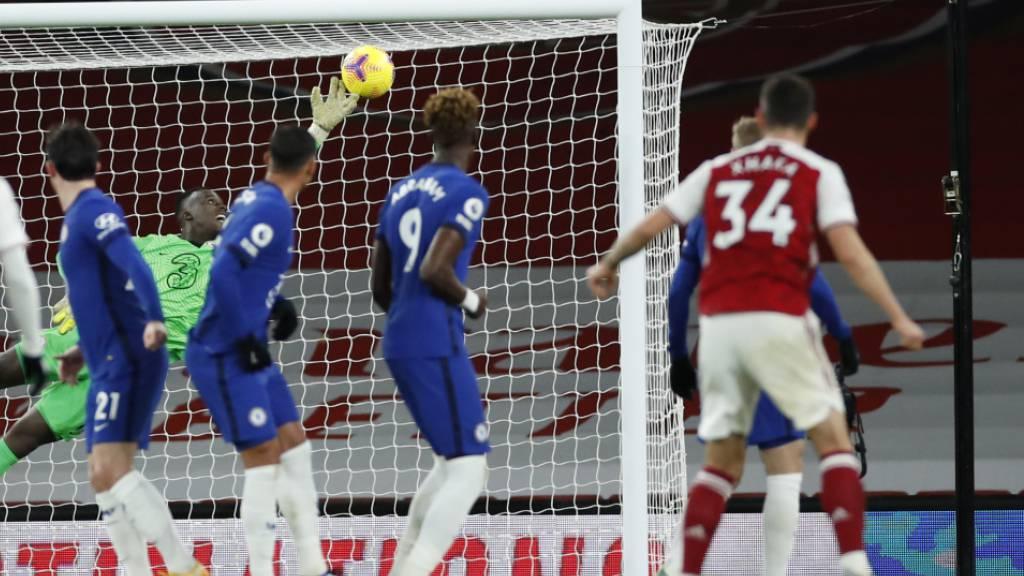 Der Freistoss passt: Granit Xhaka erzielt kurz vor der Pause das 2:0 für Arsenal