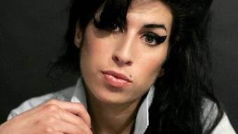 War im Juli im Alter von 27 Jahren tot in ihrer Londoner Wohnung aufgefunden worden: Amy Winehouse (Archiv)