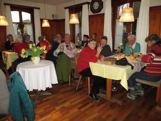 Zvieri im Restaurant Rössli (Ortsteil Benken)