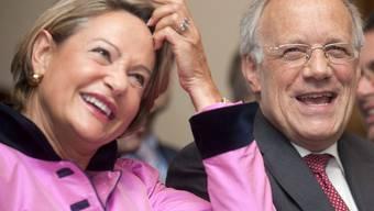 Elisabeth Zölch und Johann Schneider-Ammann in Neuenburg