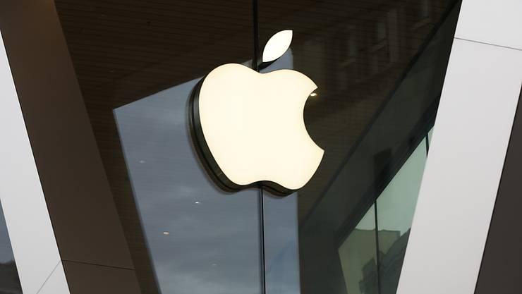 Der Technologiekonzern Apple hat trotz Coronakrise ein starkes 1. Quartal 2020 hingelegt. (Archivbild)