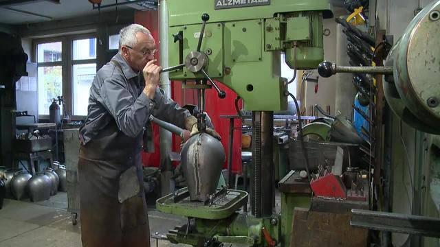 Traditionelle Berufe: Der Glockenschmied