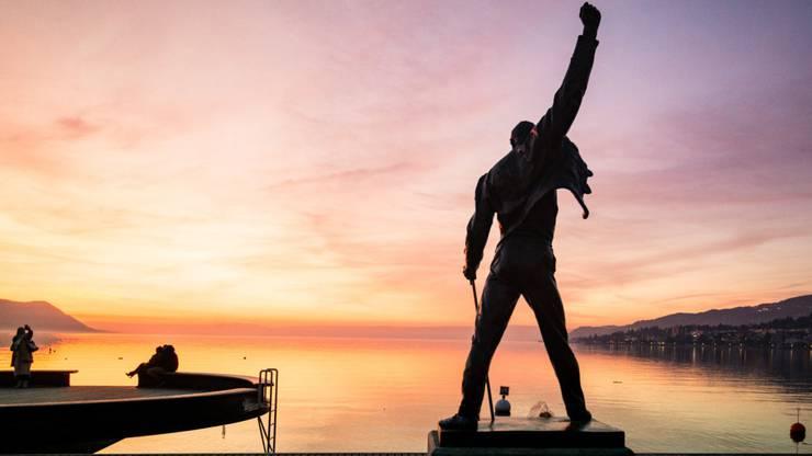 """Die Freddie Mercury Statue in Montreux. Der Sänger von """"Queen"""" liebte die Stadt. Copyright: Maude Rion/Montreux Riviera"""