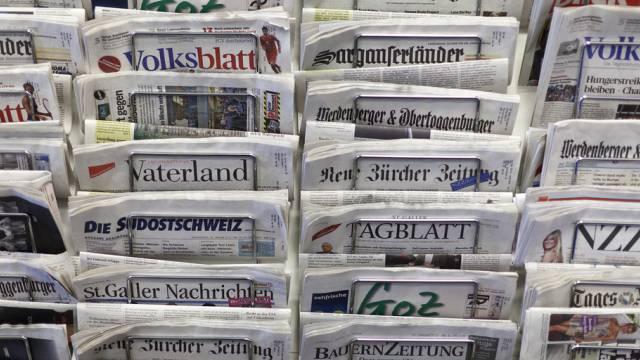 Zeitungen aus der Schweiz (Symbolbild)