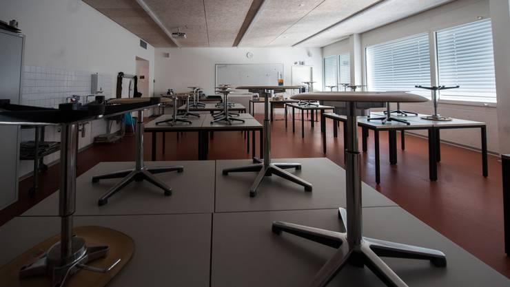 Geschlossene Schulen: Jetzt passt der Kanton Zürich die Regeln für die Mittelschulen an.