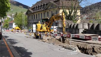 Unweit der Bäder-Baustelle wird die Bäderstrasse aufgerissen. Dies hat bei Hotel- und Restaurantbesitzern für Unmut gesorgt. Nun wird mitgeteilt, die Bauarbeiten kommen besser voran als erwartet.
