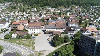 Die Flugaufnahme zeigt das Areal, auf welchem das «Projekt Unterdorf» realisiert werden soll.