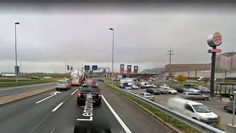 Zum Unfall kam es auf der Seebli-Kreuzung. Bild: Google Street View