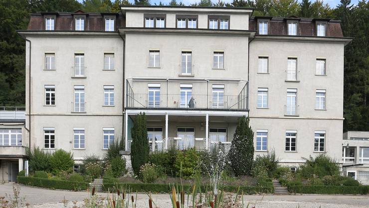 Der Kanton will in der ehemaligen Klinik Fridau in Egerkingen ein Zentrum für Asylsuchende einrichten. hr. Aeschbacher
