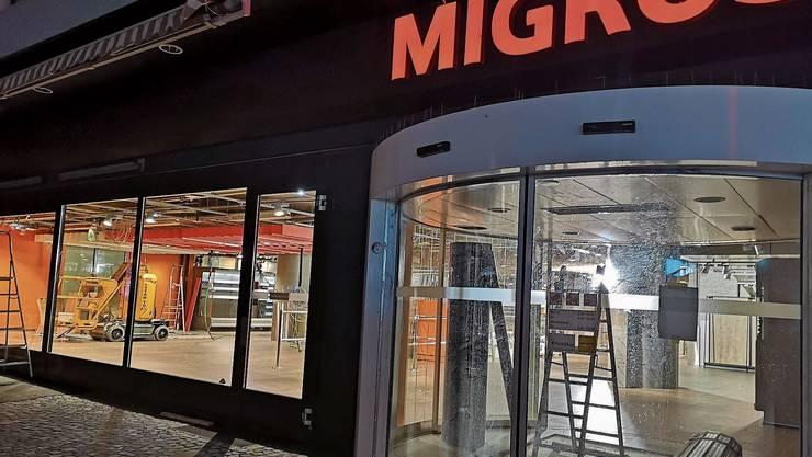 Am Donnerstag geht die umgebaute Migros wieder auf, ein wichtiger Publikumsmagnet für den Aarauer City-Märt.