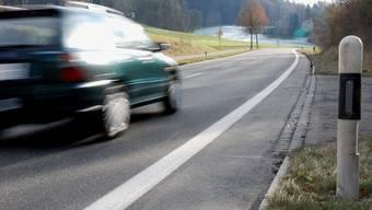 146 statt 80 km/h ausserorts – wer so schnell fährt, muss den Führerausweis für zwei Jahre abgeben.