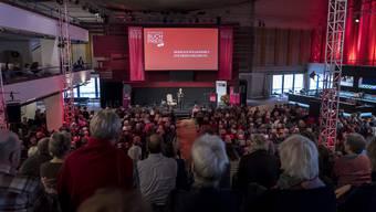 Anders als in vergangenen Jahren wird der Schweizer Buchpreis im Theater Basel heuer unter Ausschluss der Öffentlichkeit verliehen werden.
