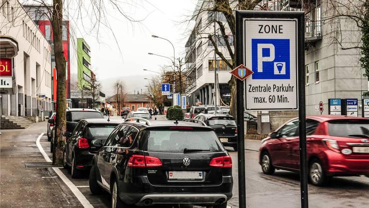Der Einwohnerrat verabschiedete das Parkierungsreglement mit kleinen formalen Änderungen.Toni Widmer