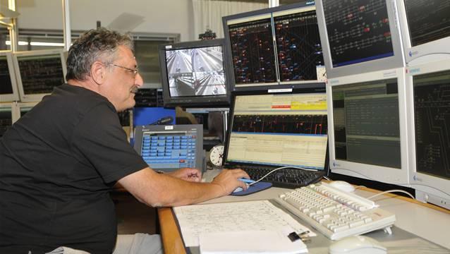 Im obersten Stock des Basler Stellwerks befindet sich der Kommandoraum: Hier wird der Bahnverkehr gesteuert.