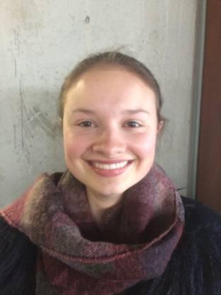 Elisa Gönner, 17, Olten: «Ich mag den Winter, weshalb mich die Kälte auch überhaupt nicht stört. Ich bin auch bei diesen Temperaturen gerne draussen, vor allem wenn es schneit. Deshalb hoffe ich, dass es in den nächsten Tagen nochmals etwas Schnee geben wird.»